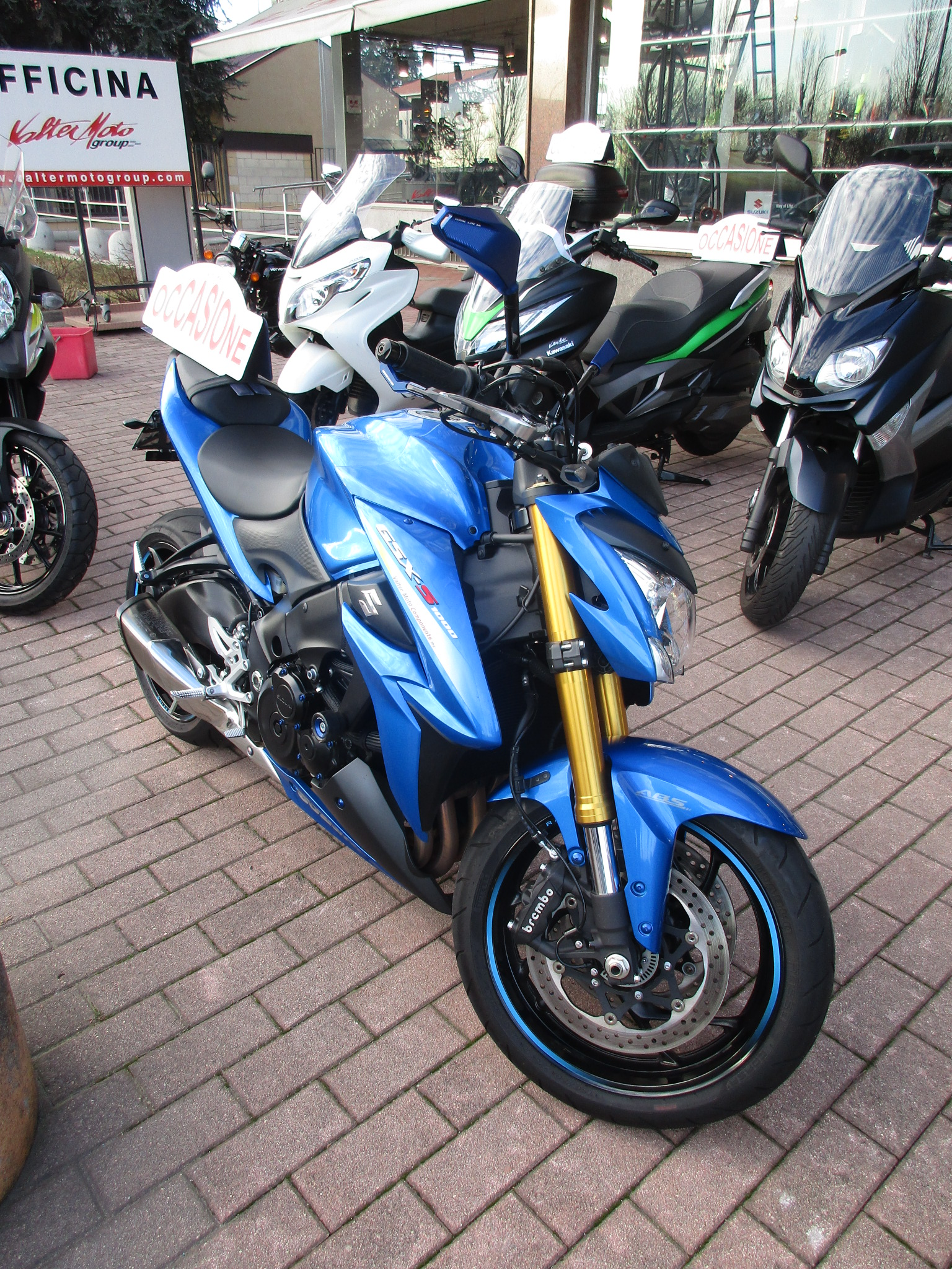 SUZUKI GSX S 1000 ABS Image